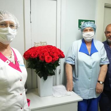 «ЛАДА-МЕДИА»: с любовью – медикам!